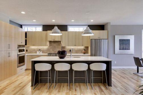 Interior Design: Jim Kuiken Design Home Design: Jim Kuiken Design Builder: Accent Homes, Inc. Photographer: Spacecrafting